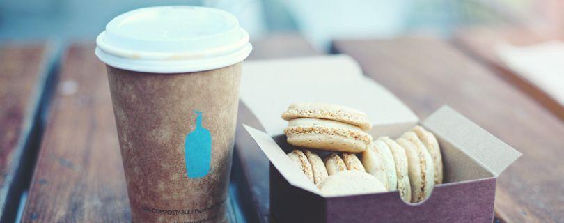 cafe com biscoitos