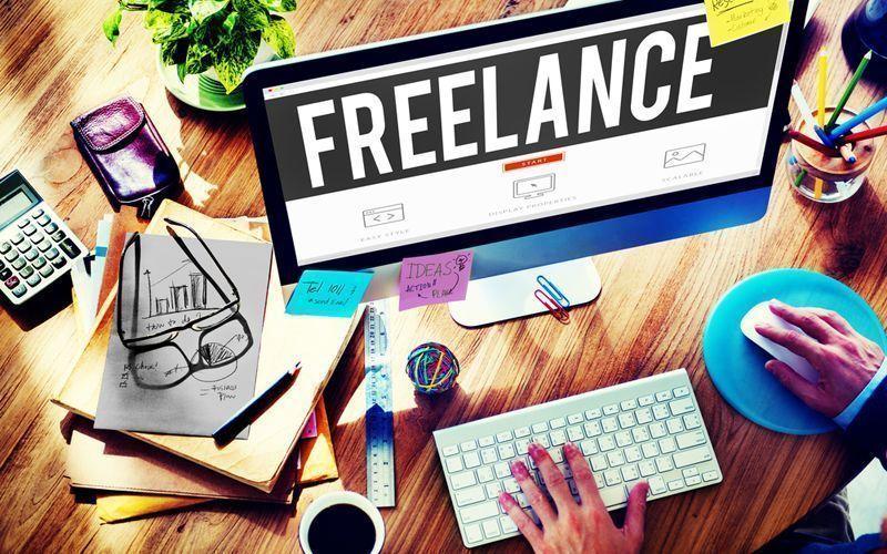 Jovem freelance