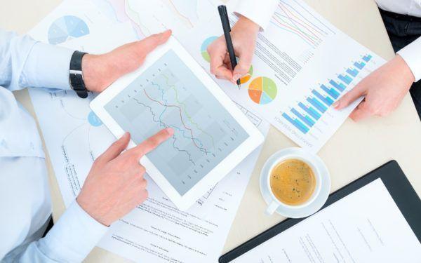 Como trabalhar como consultor financeiro
