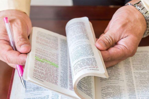 O que um teólogo faz