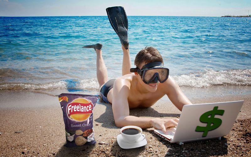 Homem trabalhando na praia