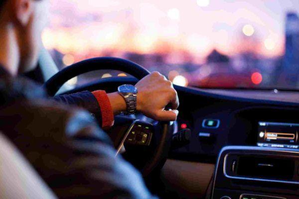 Como conseguir um emprego de motorista
